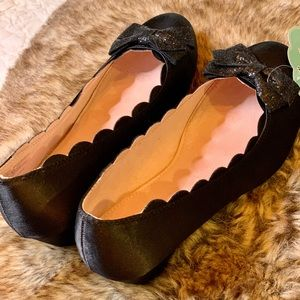 SO Shoes - NWT SO Kristy Flat with Glitter Bow Big girl/Adult